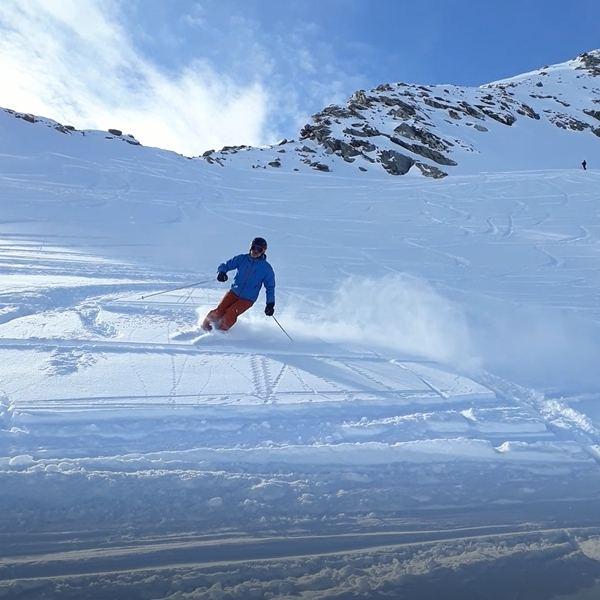 Skischule Tiefschneewedeln 2